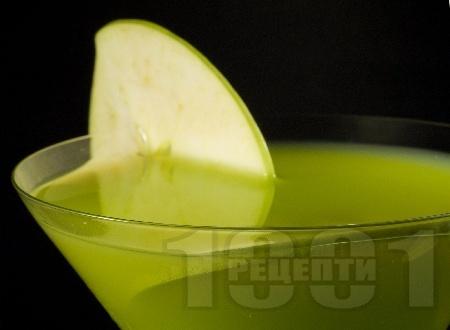 Ябълково Мартини (Apple Martini) - снимка на рецептата